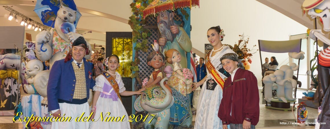_Visita Exposición del Ninot